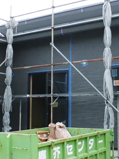 上棟から1ヶ月足らずで外壁も完成
