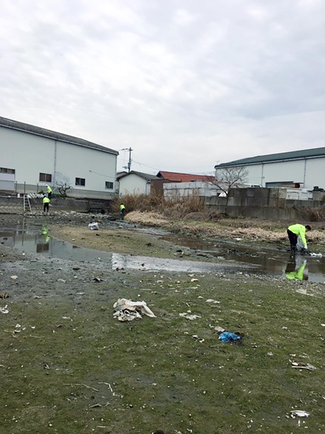 新池の清掃 - 高松市円座町